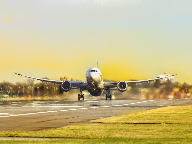 Когда выгоднее покупать авиабилеты? - Журнал Виасан