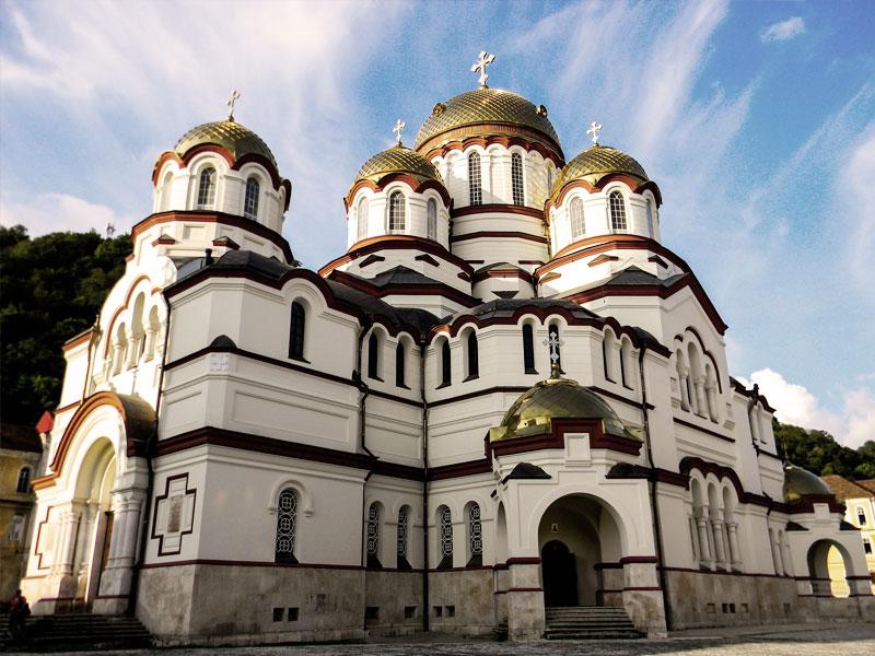 Как выглядит Новоафонский монастырь в январе 2021 года - Журнал Виасан