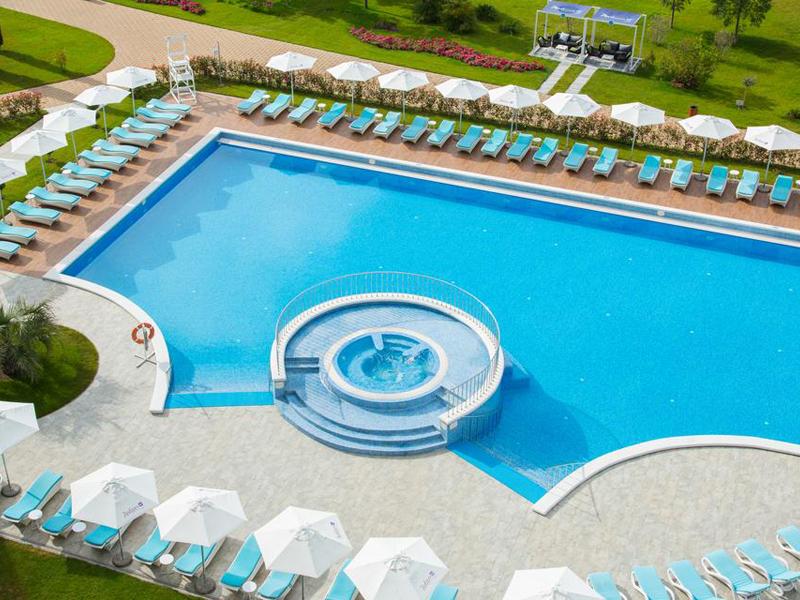 Сочи на майские: свежая подборка отелей